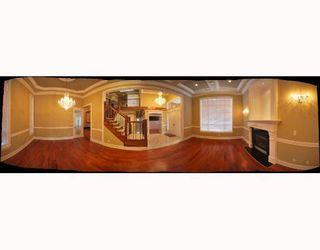 Photo 3: 8128 CATHAY Road in Richmond: Lackner House for sale : MLS®# V738007