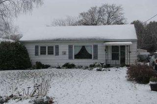 Photo 1: 487 York Street in Beaverton: House (Bungalow) for sale (N24: BEAVERTON)  : MLS®# N1513105