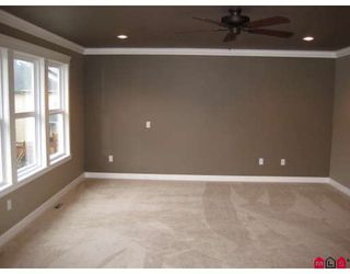 Photo 8: 7259 196A Street in Langley: Willoughby Heights House for sale : MLS®# F2904904