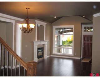 Photo 4: 7259 196A Street in Langley: Willoughby Heights House for sale : MLS®# F2904904
