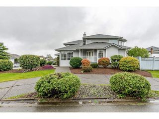 "Photo 2: 6193 185A Street in Surrey: Cloverdale BC House for sale in ""EAGLECREST"" (Cloverdale)  : MLS®# R2388424"