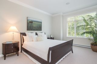 "Photo 6: 6387 LARKIN Drive in Vancouver: University VW Townhouse for sale in ""WESTCHESTER"" (Vancouver West)  : MLS®# R2425863"