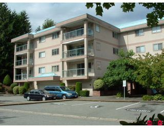 "Photo 1: 204 33090 GEORGE FERGUSON WA Way in Abbotsford: Central Abbotsford Condo for sale in ""Tiffany Place"" : MLS®# F2918228"