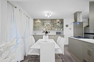 """Photo 5: 740 WESTVIEW Crescent in North Vancouver: Upper Lonsdale Condo for sale in """"CYPRESS GARDENS"""" : MLS®# R2431863"""
