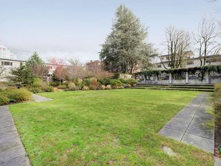 "Photo 18: 1105 1333 W 11TH Avenue in Vancouver: Fairview VW Condo for sale in ""SAKURA"" (Vancouver West)  : MLS®# R2432265"