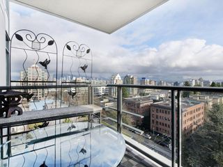 "Photo 16: 1105 1333 W 11TH Avenue in Vancouver: Fairview VW Condo for sale in ""SAKURA"" (Vancouver West)  : MLS®# R2432265"