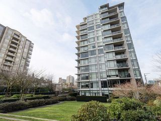 "Photo 1: 1105 1333 W 11TH Avenue in Vancouver: Fairview VW Condo for sale in ""SAKURA"" (Vancouver West)  : MLS®# R2432265"