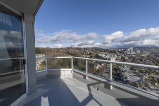 """Photo 17: 1802 71 JAMIESON Court in New Westminster: Fraserview NW Condo for sale in """"Palace Quay"""" : MLS®# R2444995"""