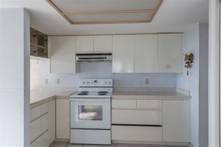"""Photo 8: 1802 71 JAMIESON Court in New Westminster: Fraserview NW Condo for sale in """"Palace Quay"""" : MLS®# R2444995"""