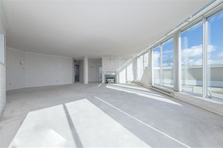 """Photo 3: 1802 71 JAMIESON Court in New Westminster: Fraserview NW Condo for sale in """"Palace Quay"""" : MLS®# R2444995"""