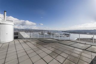 """Photo 14: 1802 71 JAMIESON Court in New Westminster: Fraserview NW Condo for sale in """"Palace Quay"""" : MLS®# R2444995"""