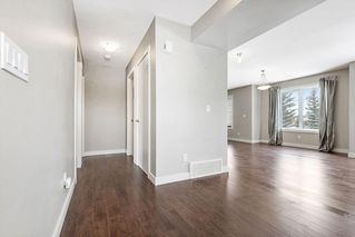 Photo 9: 8 CHAPARRAL RIDGE Park SE in Calgary: Chaparral Row/Townhouse for sale : MLS®# C4301030