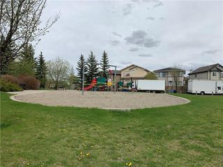 Photo 29: 8 CHAPARRAL RIDGE Park SE in Calgary: Chaparral Row/Townhouse for sale : MLS®# C4301030