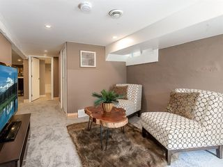 Photo 19: 227 14 Avenue NE in Calgary: Crescent Heights Detached for sale : MLS®# A1019508
