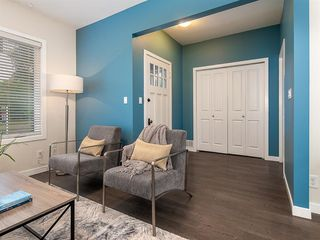 Photo 4: 227 14 Avenue NE in Calgary: Crescent Heights Detached for sale : MLS®# A1019508