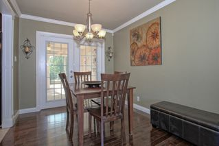 Photo 4: 21498 Berry Avenue in Maple Ridge: Home for sale : MLS®# R2109715