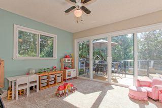 Photo 8: 21498 Berry Avenue in Maple Ridge: Home for sale : MLS®# R2109715