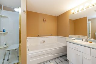 Photo 9: 906 1180 PINETREE WAY in Coquitlam: North Coquitlam Condo for sale : MLS®# R2468740
