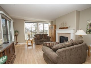 Photo 4: 301 1221 JOHNSTON Road in Presidents Court: Home for sale : MLS®# F1430563