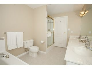 Photo 11: 301 1221 JOHNSTON Road in Presidents Court: Home for sale : MLS®# F1430563