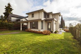 Photo 39: 830 SUTHERLAND Avenue in North Vancouver: Boulevard House for sale : MLS®# R2524977