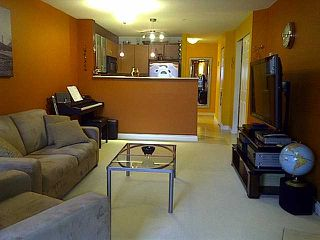 "Photo 3: 304 2741 E HASTINGS Street in Vancouver: Hastings East Condo for sale in ""THE RIVIERA"" (Vancouver East)  : MLS®# V854945"