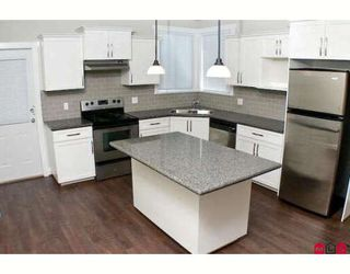 """Photo 5: 19237 69TH Avenue in Surrey: Clayton House for sale in """"CLAYTON VILLAGE"""" (Cloverdale)  : MLS®# F2821236"""