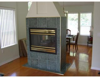Photo 3: 23807 122ND Avenue in Maple_Ridge: East Central House for sale (Maple Ridge)  : MLS®# V727769
