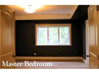 Photo 6: 3590 Castlewood Road in VICTORIA: Co Latoria Single Family Detached for sale (Colwood)  : MLS®# 225463