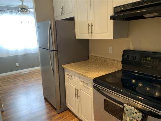 Photo 3: 2915 151 Avenue in Edmonton: Zone 35 Townhouse for sale : MLS®# E4165451