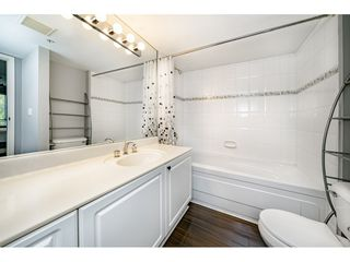 Photo 11: 214 19528 FRASER HIGHWAY in Surrey: Cloverdale BC Condo for sale (Cloverdale)  : MLS®# R2397037