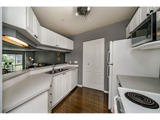 Photo 6: 214 19528 FRASER HIGHWAY in Surrey: Cloverdale BC Condo for sale (Cloverdale)  : MLS®# R2397037