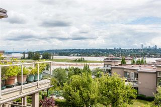 "Photo 2: 501 74 RICHMOND Street in New Westminster: Fraserview NW Condo for sale in ""GOVERNOR'S COURT"" : MLS®# R2426999"