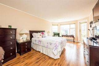 "Photo 14: 501 74 RICHMOND Street in New Westminster: Fraserview NW Condo for sale in ""GOVERNOR'S COURT"" : MLS®# R2426999"