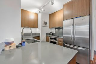 "Photo 6: 206 251 E 7TH Avenue in Vancouver: Mount Pleasant VE Condo for sale in ""District"" (Vancouver East)  : MLS®# R2443940"
