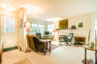 "Photo 3: 104 1220 FIR Street: White Rock Townhouse for sale in ""Vista Pacifica"" (South Surrey White Rock)  : MLS®# R2444300"