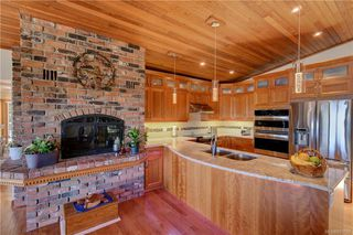 Photo 8: 5537 Forest Hill Rd in : SW West Saanich Single Family Detached for sale (Saanich West)  : MLS®# 853792