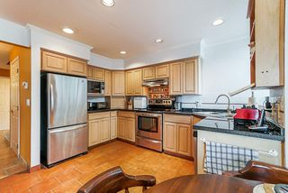 "Photo 11: 65 2990 PANORAMA Drive in Coquitlam: Westwood Plateau Townhouse for sale in ""Wesbrook"" : MLS®# R2502623"