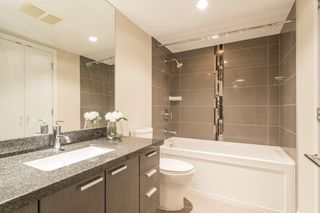 """Photo 8: 403 2200 DOUGLAS Road in Burnaby: Brentwood Park Condo for sale in """"AFFINITY"""" (Burnaby North)  : MLS®# R2523058"""