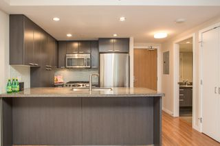 """Photo 10: 403 2200 DOUGLAS Road in Burnaby: Brentwood Park Condo for sale in """"AFFINITY"""" (Burnaby North)  : MLS®# R2523058"""