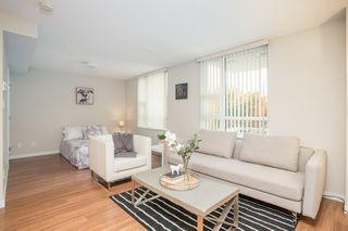 """Photo 2: 403 2200 DOUGLAS Road in Burnaby: Brentwood Park Condo for sale in """"AFFINITY"""" (Burnaby North)  : MLS®# R2523058"""