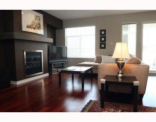 "Photo 2: 208 1706 56TH Street in Tsawwassen: Beach Grove Condo for sale in ""Heron Cove"" : MLS®# V790843"