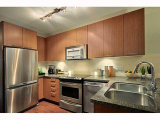 """Photo 6: 211- 2008 E 54TH Avenue in Vancouver: Fraserview VE Condo for sale in """"CEDAR54"""" (Vancouver East)  : MLS®# V819286"""