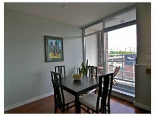 "Photo 2: 308 2055 YUKON Street in Vancouver: Mount Pleasant VW Condo for sale in ""MONTREAUX"" (Vancouver West)  : MLS®# V833911"