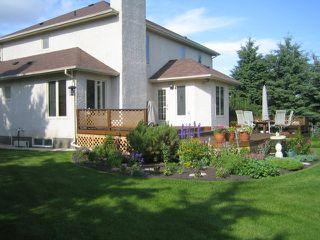 Photo 2: 27 GLENFINNAN Place in ESTPAUL: Birdshill Area Residential for sale (North East Winnipeg)  : MLS®# 1021306