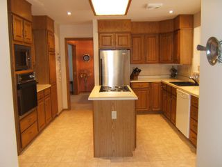 Photo 3: 27 GLENFINNAN Place in ESTPAUL: Birdshill Area Residential for sale (North East Winnipeg)  : MLS®# 1021306