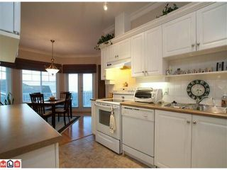 "Photo 4: 27 35537 EAGLE MOUNTAIN Drive in Abbotsford: Abbotsford East Townhouse for sale in ""Eaton Place"" : MLS®# F1100660"