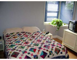Photo 7: 318 MOORGATE Street in WINNIPEG: St James Residential for sale (West Winnipeg)  : MLS®# 2812483