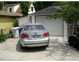 Photo 9: 318 MOORGATE Street in WINNIPEG: St James Residential for sale (West Winnipeg)  : MLS®# 2812483