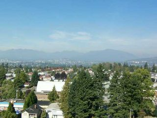 "Photo 7: 1507 6611 SOUTHOAKS CR in Burnaby: Middlegate BS Condo for sale in ""GEMINI I"" (Burnaby South)  : MLS®# V614354"